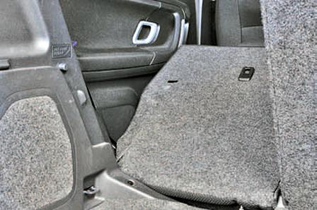 Снятие и установка заднего сиденья Шкода Фабия