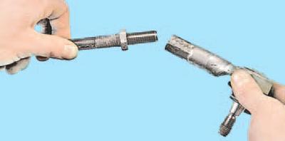 Замена наружного наконечника рулевой тяги Шкода Фабия