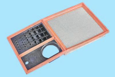 Замена фильтрующего элемента воздушного фильтра Шкода Фабия